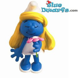 Plastoy Smurfette with flower
