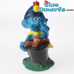 Smurf with turtle *Candytopper*  (BIP Holland, +/- 8cm)