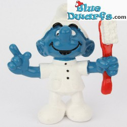20209: Dentist Smurf