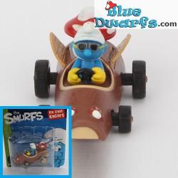 Race Car Smurf in mushroomcar *Diecast racer* (+/- 3.5 x1.6 x 4.3 cm)