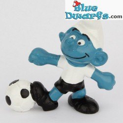 20068: Voetballer smurf