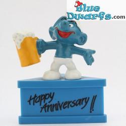 20078: Beer smurf *Happy Anniversary!!* (pedestal)