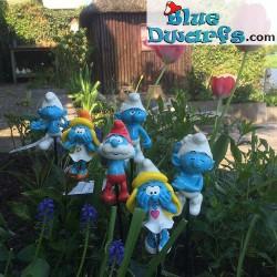 6 potpals Garden Smurf figurines (Goldie Marketing)