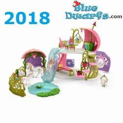 Bayala: Schleich Glittering flower house with unicorns, lake and stable (42445/ 2018)