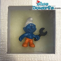 Mini smurf collectors box (+/- 8x8x5cm)