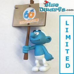 """PLA0149+PLA150: Schilddrager Smurfen """"60 years smurfs +Smurf Experience"""" (2018)"""