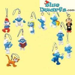 12 x Plastic smurf pendant (+/- 2,5 cm)