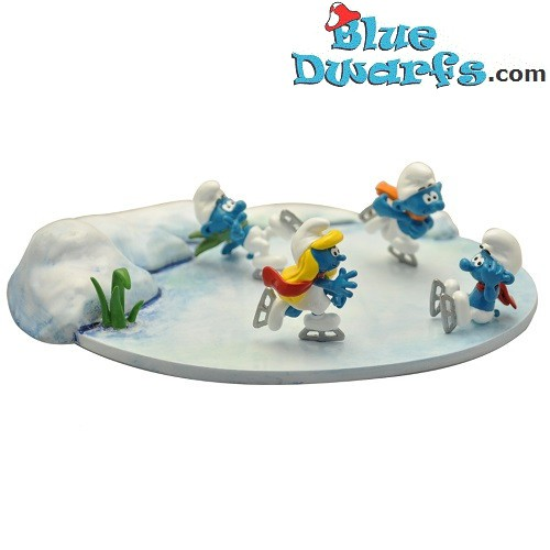 Pixi: The winter is coming in smurf village (2019)