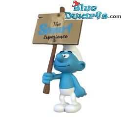 PLA0149: Sign bearer Smurfs...