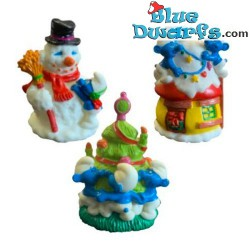 3x Smurfs with Christmas...