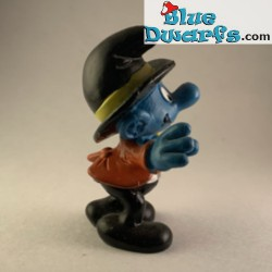 40217: Photographer Smurf...