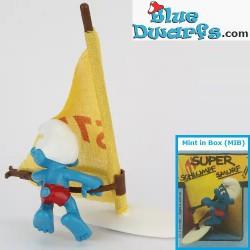 40215: Windsurfer Smurf...