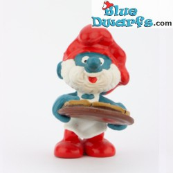20180: Pappa smurf with pizza