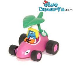 Schtroumpfette dans voiture *Pull back racer*
