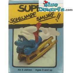 40201: Bobsled Smurf