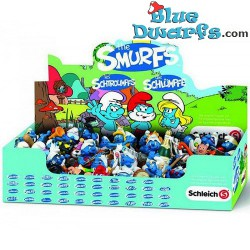 100 smurfs in displaybox