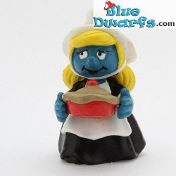 20196: Smurfette with Pie (Thanksgiving pie)