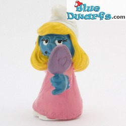 20182: Smurfette with comb