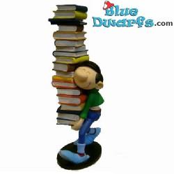 Gaston mit Bücherstapel (Plastoy 2006)