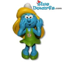 Smurfette with green dress *Plastic* (Goldie Marketing, +/- 15 cm)