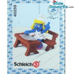 40259: Smurfette at school desk (Supersmurf)