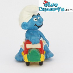 20447: Truck, Child smurf on (1997)