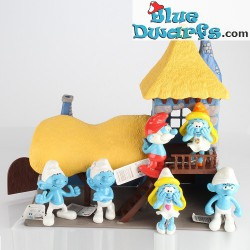 Smurfette with white dress and orange hat (Goldie Marketing, +/- 15 cm)