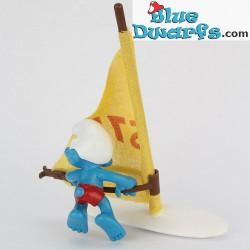 40215: Puffo con windsurf (Super puffo)