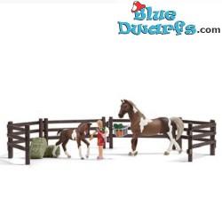 Schleich Horses: Horse feeding playset (Horse club/ Schleich 21049