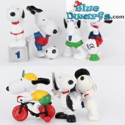 7x Snoopy/ Peanuts Schleich, Theme: SPORT