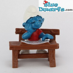 40257: Sleeping smurf at Schooldesk (Supersmurf)