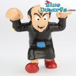 20418: Gargamel *dark red shoes* (angry)